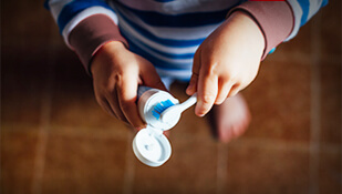4 Signs Your Child Is Old Enough To Brush Without Supervision